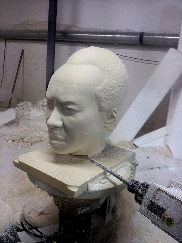 nyerere-portrait-statue-polystyrene-cnc-carving-01.jpg