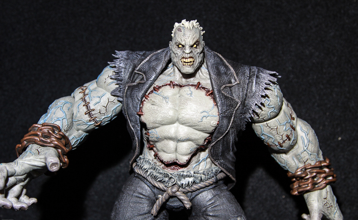 DC_COLLECTIBLES_52_SOLOMON_GRUNDY_03.jpg